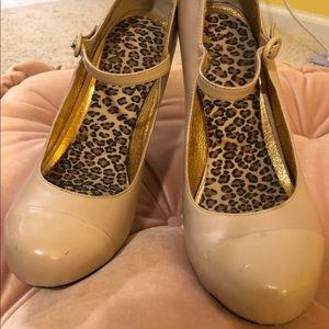 Dolce Vita Shoes - Dolce Vita Leather Pump sz 7.5